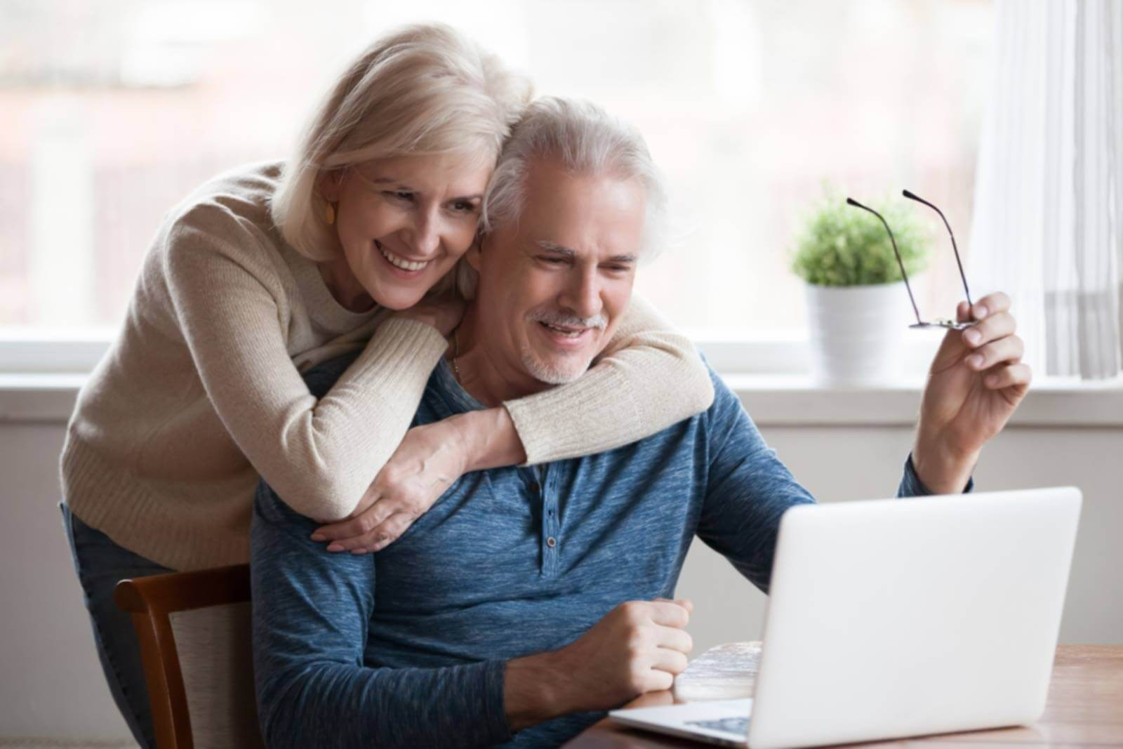 Older_Couple_See_Results